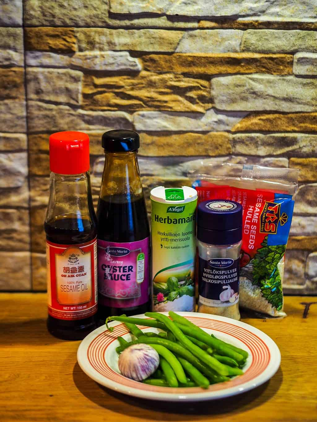 Ingredients needed for this green beans in oyster sauce and garlic recipe!