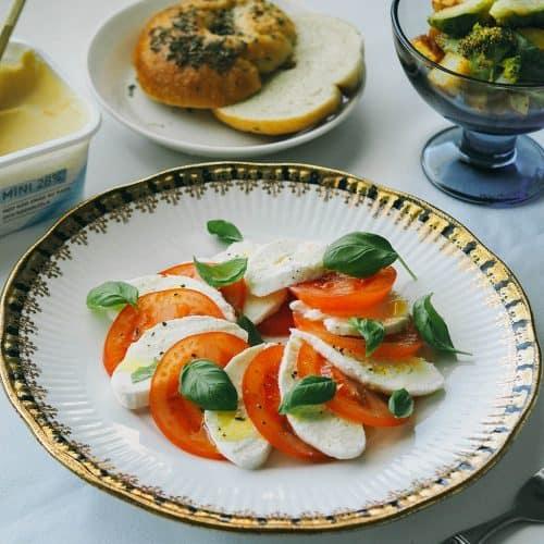 Classic Tomato and Mozzarella Salad FINAL PRODUCT