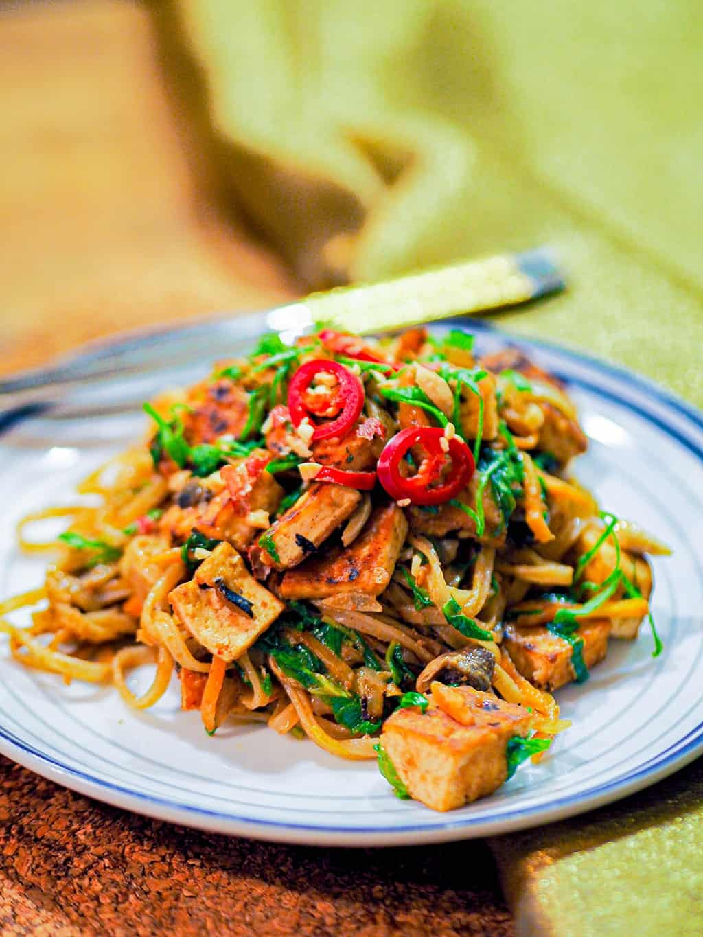 Quick one pan vegan pad thai recipe with tofu